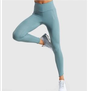 Gymshark stormy turquoise captivate leggings NWOT